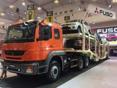 Gaikindo Indonesia International Auto Show (GIIAS) 2015:  Antusiasme Penyandang Disabilitas Merasakan Spirit FUSO BIG BANG